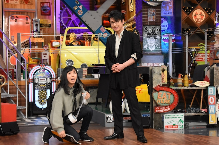 左から河邑ミク、及川光博。(c)日本テレビ