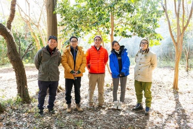 左からバイきんぐ西村、おぎやはぎ、池田美優、ドランクドラゴン。