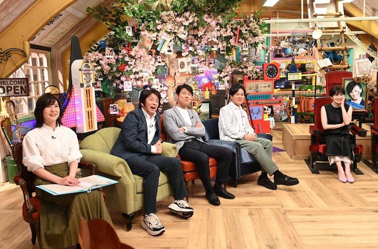 (左から)林美桜アナ、ネプチューン、ホラン千秋。(c)テレビ朝日