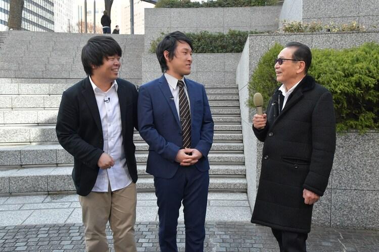 (左から)宮下草薙、タモリ。(c)テレビ朝日