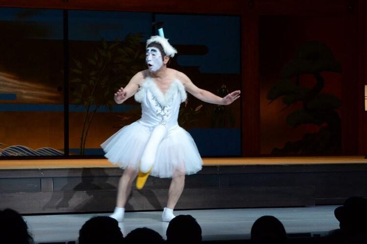 2013年上演の「アトリエ・ダンカンプロデュース 志村けん一座 第8回公演『志村魂 ─[先(ま)づ健康]─ 再び!』」より、志村けん。