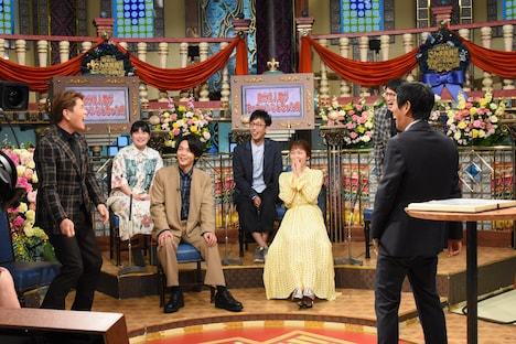 「超踊る!さんま御殿!! 中村倫也と春満開美女&大物2世ぶっちゃけ祭り」のワンシーン。(c)日本テレビ