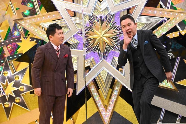 「爆笑問題vs霜降り明星 第七世代と真剣勝負せよ!ネタジェネバトル2020」に出演する、爆笑問題。(c)テレビ朝日