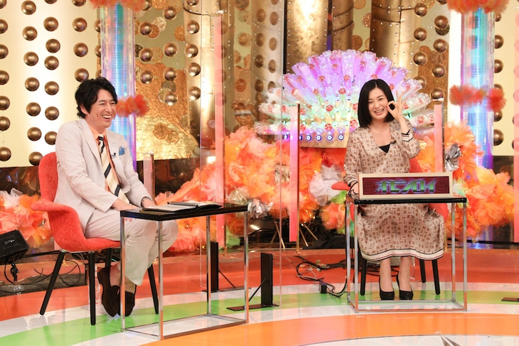 「華丸大吉&千鳥のテッパンいただきます!」に出演する(左から)博多大吉と檀れい。(c)関西テレビ