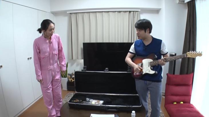 「それって!?実際どうなの課」に出演する(左から)緑川静香、NON STYLE井上。(c)中京テレビ