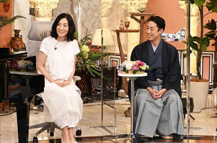 (左から)広瀬香美、尾上菊之助。(c)TBS