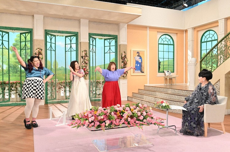 「徹子の部屋」に出演する3時のヒロインと黒柳徹子。(c)テレビ朝日