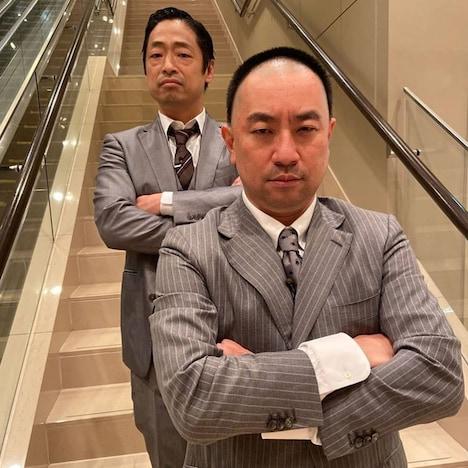 安田大サーカス・団長安田(左)とレイザーラモンRG(右)。