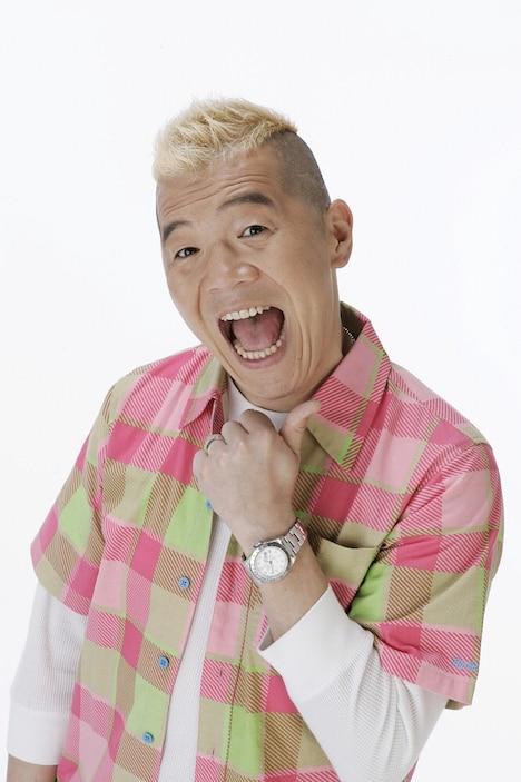 「内村文化祭'20 配信」に出演するキャイ~ン・ウド鈴木。