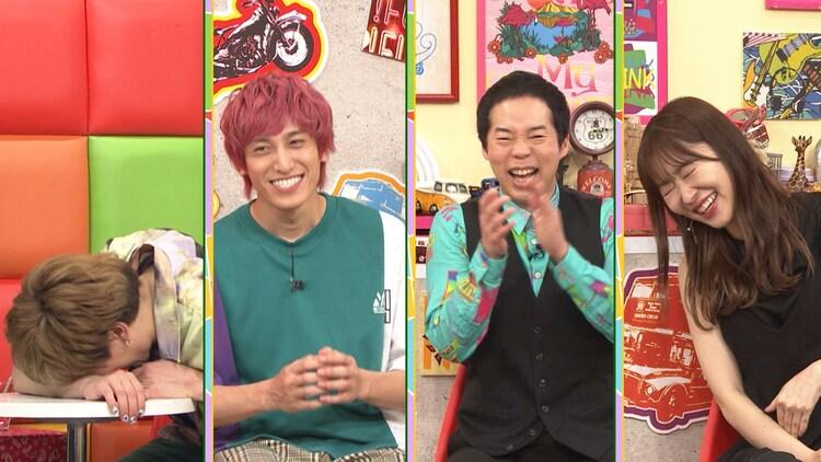 (左から)EXIT、今田耕司、指原莉乃。(c)テレビ朝日