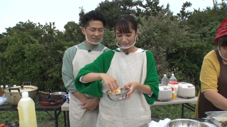 ジャングルポケット太田、近藤千尋夫妻。(c)TBS