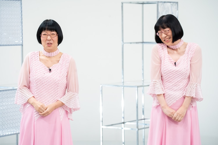 東尼崎姉妹を演じる阿佐ヶ谷姉妹。