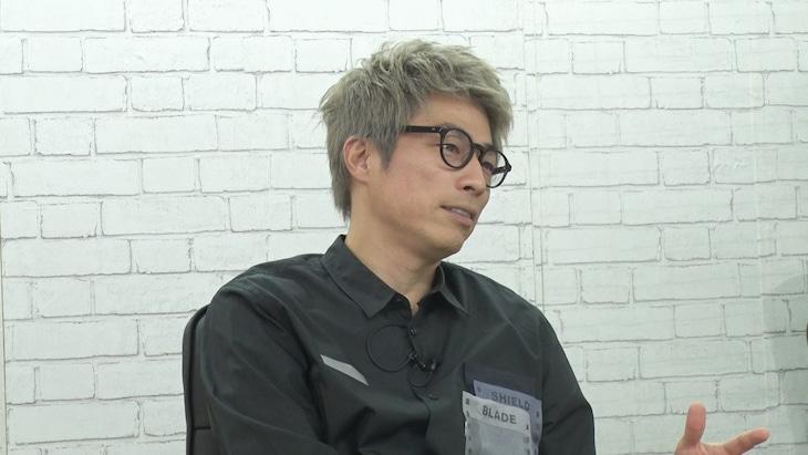 「突然ですが占ってもいいですか?2時間SP」にゲスト出演するロンドンブーツ1号2号・田村淳。(c)フジテレビ