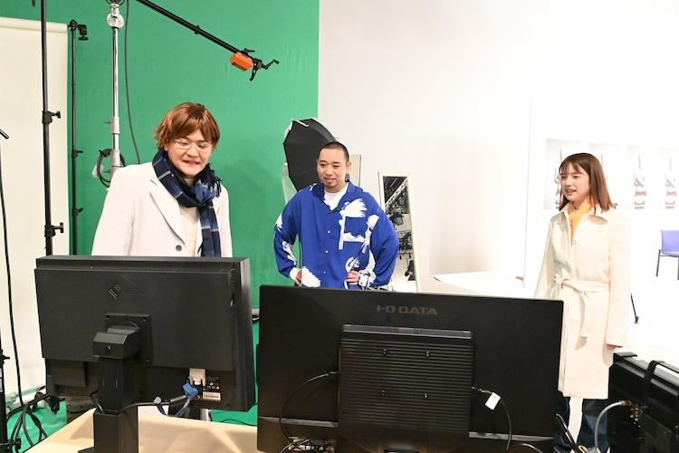 (左から)千鳥・大悟、弘中綾香アナ、千鳥ノブ。(c)テレビ朝日