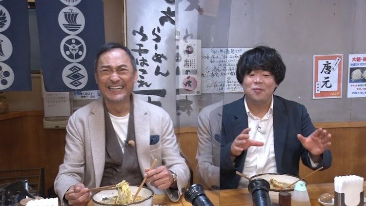 (左から)渡辺謙、宮下草薙・草薙。(c)テレビ朝日