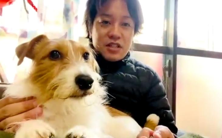 「笑える!泣ける!動物スクープ100連発」に出演する、ぺこぱ松陰寺と愛犬。(c)TBS