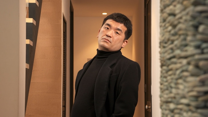 すゑひろがりず三島扮する佐藤健。