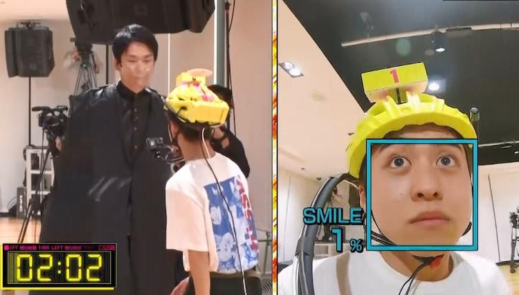 かまいたち濱家(左)による挑戦のワンシーン。(c)フジテレビ