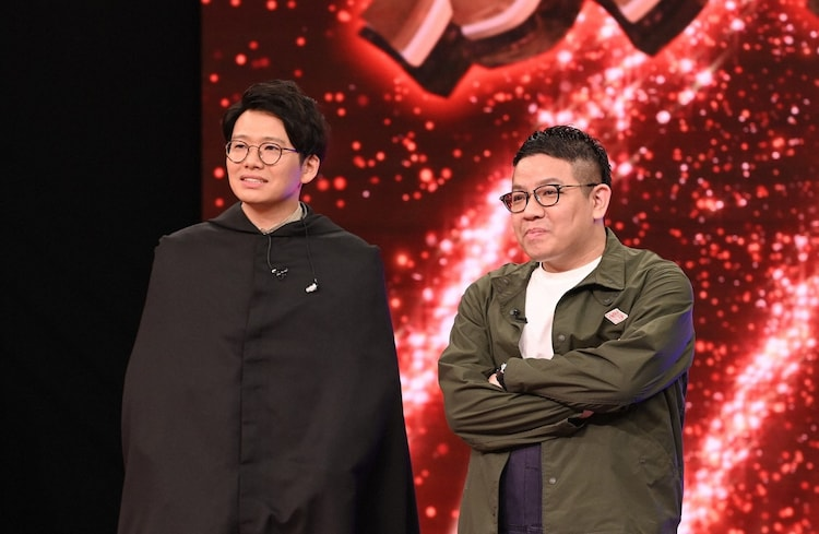 EXILEとの私服コーデ対決に臨むミキ亜生(左)と相方・昴生。(c)TBS