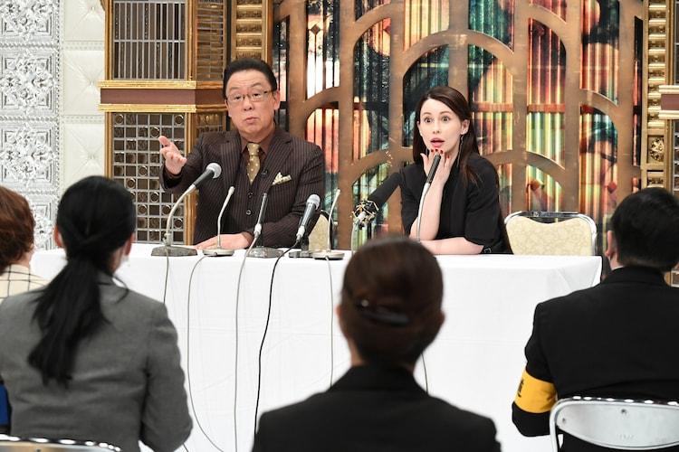 梅沢富美男とダレノガレ明美。(c)ABCテレビ