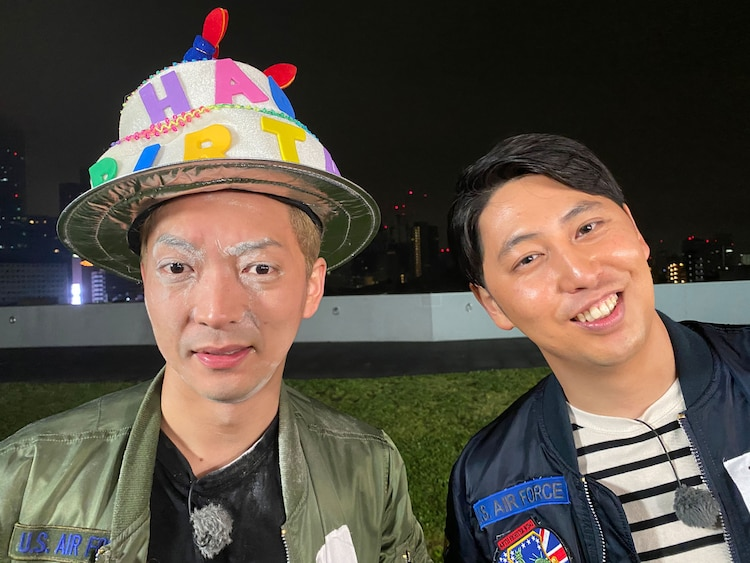 生放送を終えたニューヨーク。(c)テレビ朝日