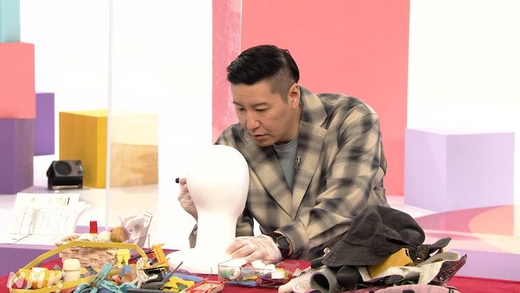 ごみを使ったアート制作に取り組むチョコレートプラネット長田。