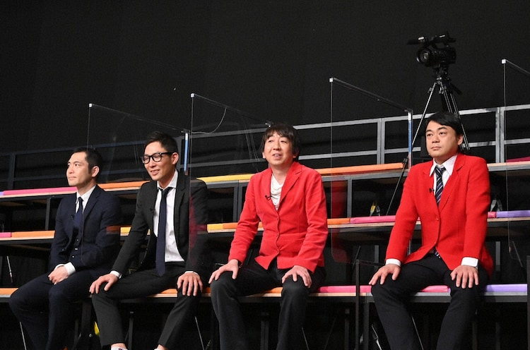 「客席ゲスト」として出演する(左から)ロビンフット 、モダンタイムス。(c)テレビ朝日
