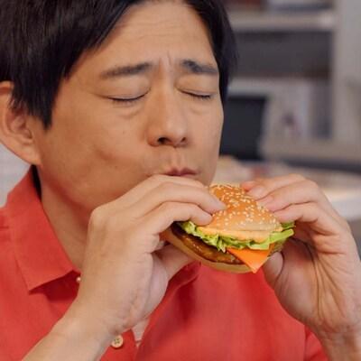 「意外とパン派」の博多華丸、初のマクドナルドCM起用にビックリ