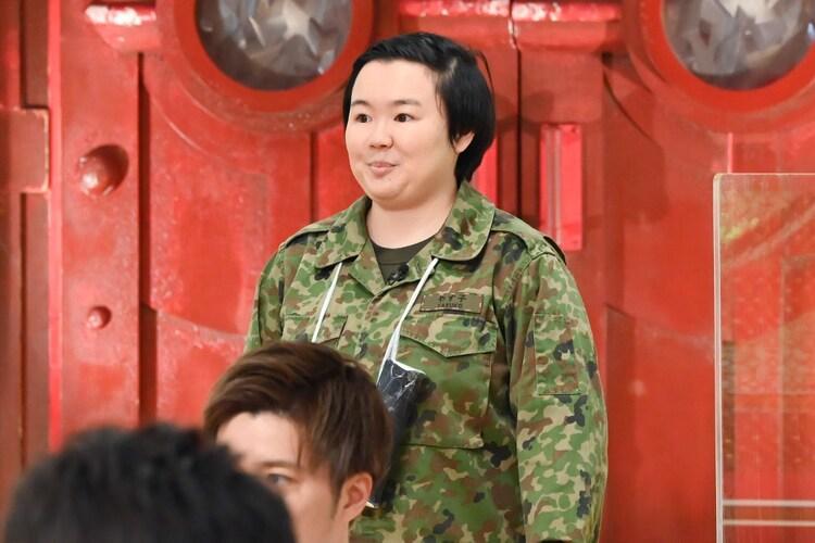 やす子 (c)TBS