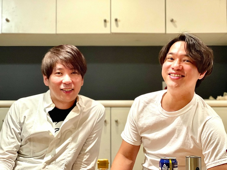 株式会社OMATSURIを設立した元ザブングルの松尾陽介(左)と藤本隆太郎氏(右)。