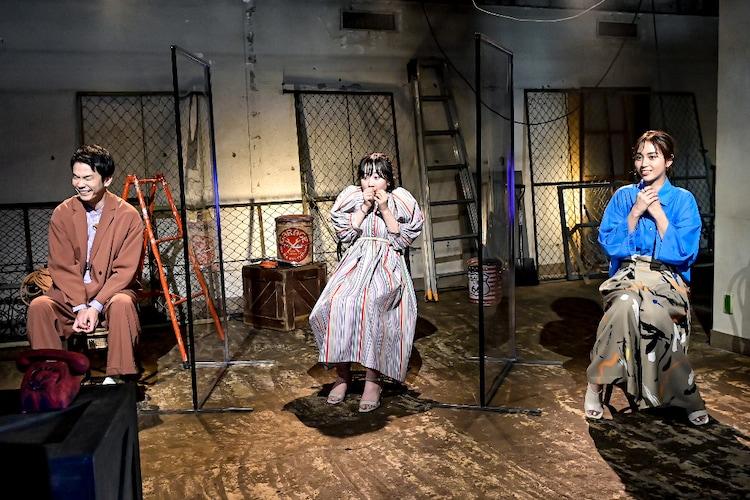 (左から)かまいたち濱家、本田望結、滝沢カレン。(c)TBS