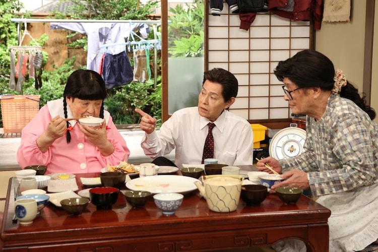 (左から)高木ブー、加藤茶、仲本工事。(c)フジテレビ