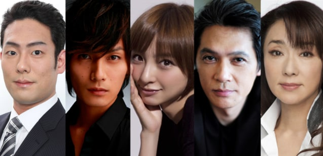 左から中村勘九郎、加藤和樹、篠田麻里子、加藤雅也、浅野ゆう子。