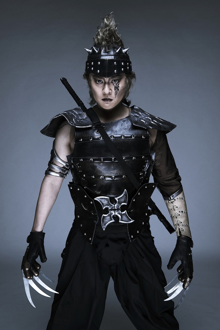 石垣佑磨演じる仙九郎。