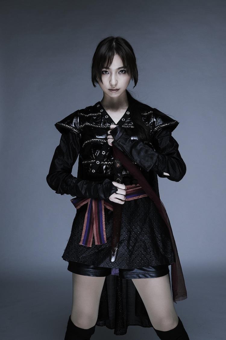 篠田麻里子演じる火垂。
