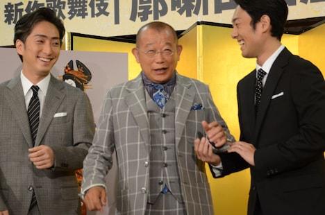 「八月納涼歌舞伎」製作発表記者会見より。左から中村七之助、笑福亭鶴瓶、中村勘九郎。