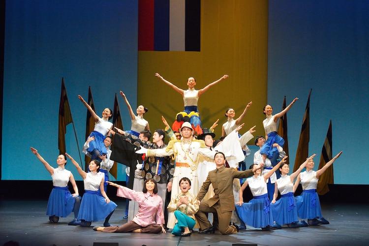 「李香蘭」2015年自由劇場での公演の様子。(撮影:山之上雅信)
