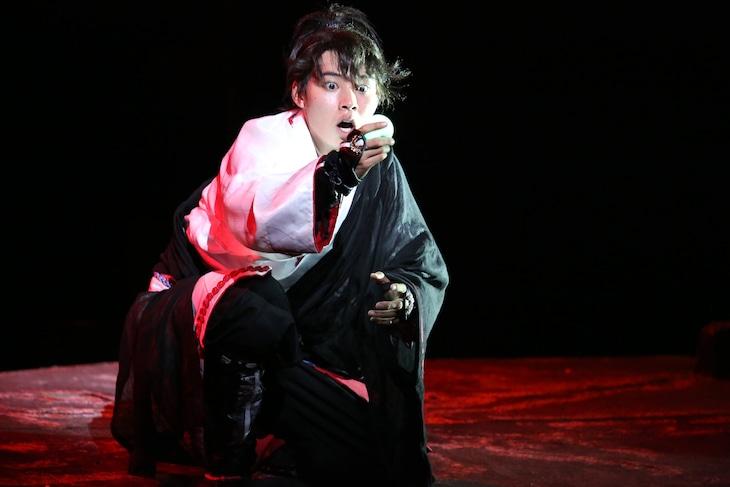 2014年に上演された「里見八犬伝」より、山崎賢人演じる犬塚信乃。