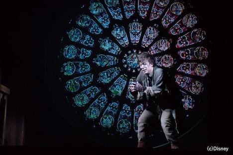劇団四季 ミュージカル「ノートルダムの鐘」最終通し稽古より、飯田達郎演じるカジモド。