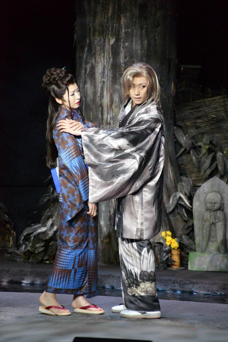 「劇団☆新感線『髑髏城の七人』 Season鳥 Produced by TBS」フォトコールより。