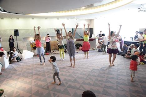 「ダンス保育園!!」より。(撮影:片岡陽太)