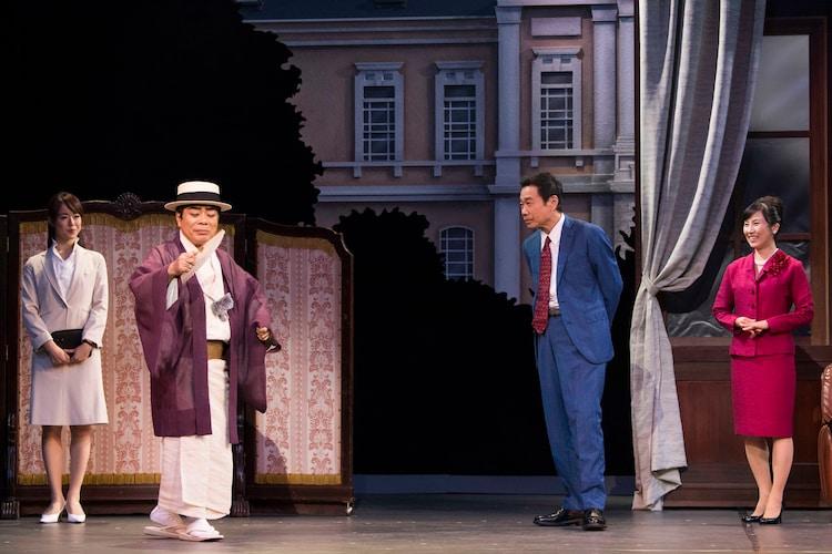 劇団スーパー・エキセントリック・シアター 第55回本公演「ミュージカル・アクション・コメディー『カジノ・シティをぶっとばせ!! ~丁半コマ揃いました~』」より。