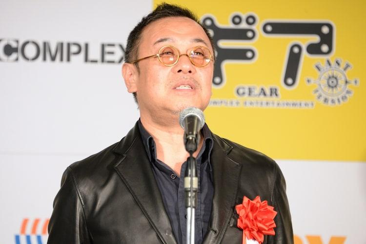 「『ギア-GEAR-』 East Version」制作発表会見より。「ギア-GEAR-」プロデューサーの小原啓渡。