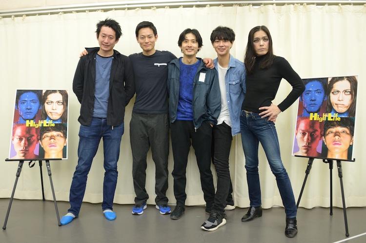 左から谷賢一、伊藤祐輝、古河耕史、細田善彦、ROLLY。