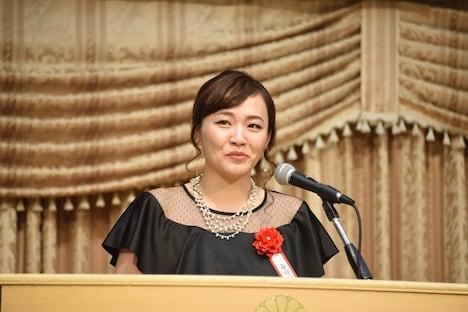 第5回ハヤカワ「悲劇喜劇」賞贈賞式より、桑原裕子。