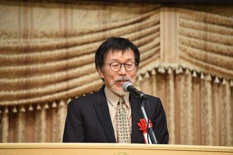 第5回ハヤカワ「悲劇喜劇」賞贈賞式より、平田満。