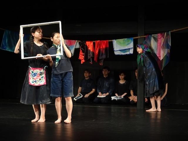 「利賀演劇人コンクール2017」で上演された「青い鳥」より。