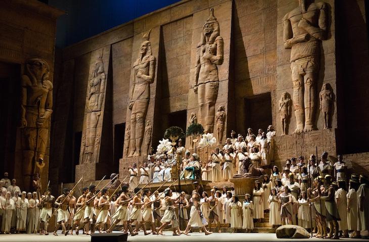 ヴェルディ「アイーダ」より。(c)Marty Sohl/Metropolitan Opera