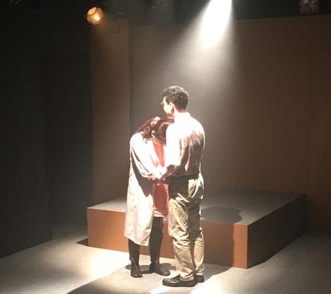 SYOMIN'S 旗揚げ公演「隻眼の産婆」より。
