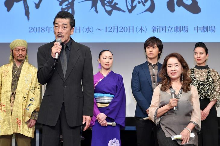 「Ay 曽根崎心中」制作発表記者会見より。(撮影:伊ケ崎忍)